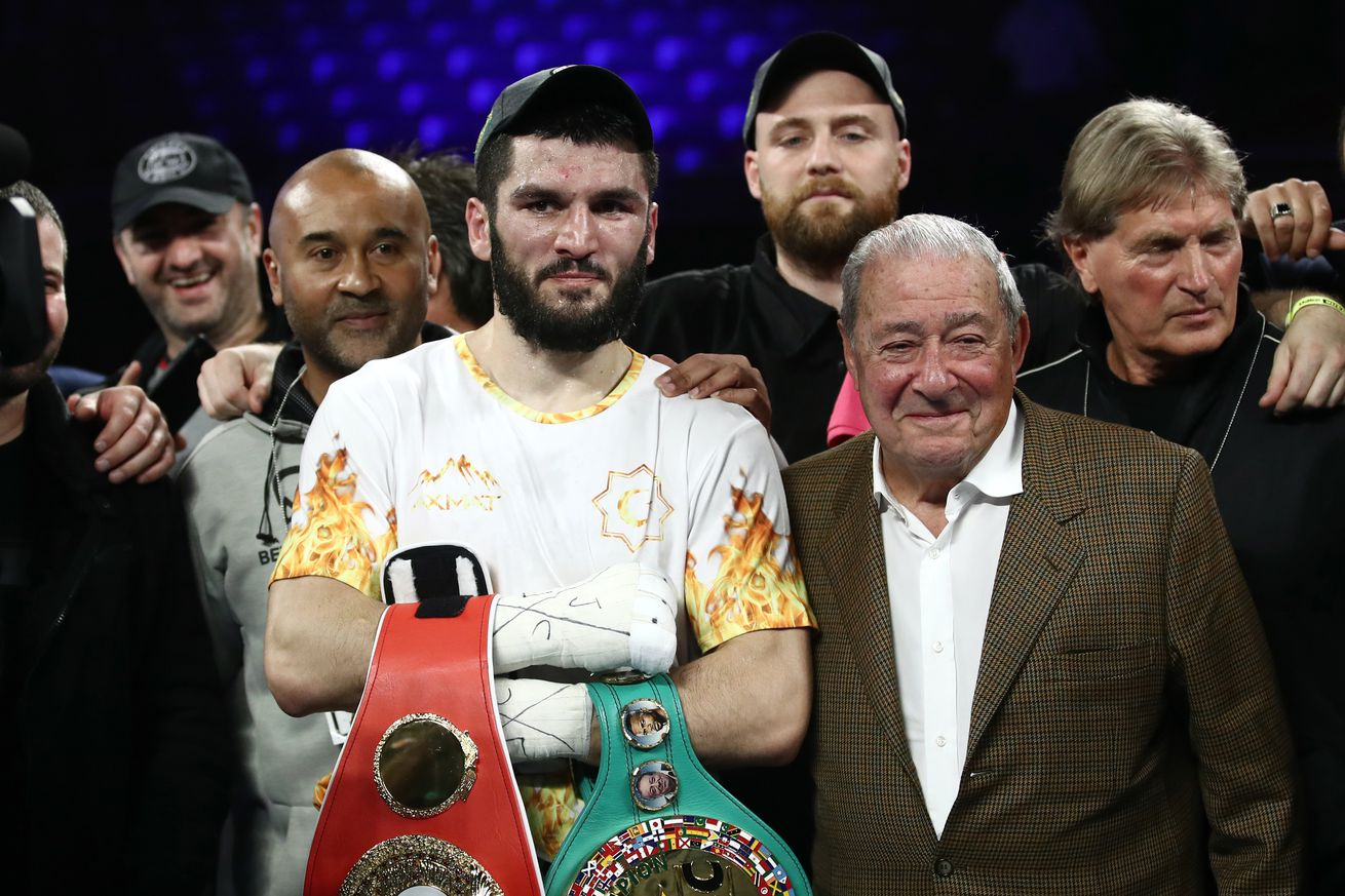 Light heavyweight world title unification boxing bout Beterbiev vs Gvozdyk in Philadelphia, US