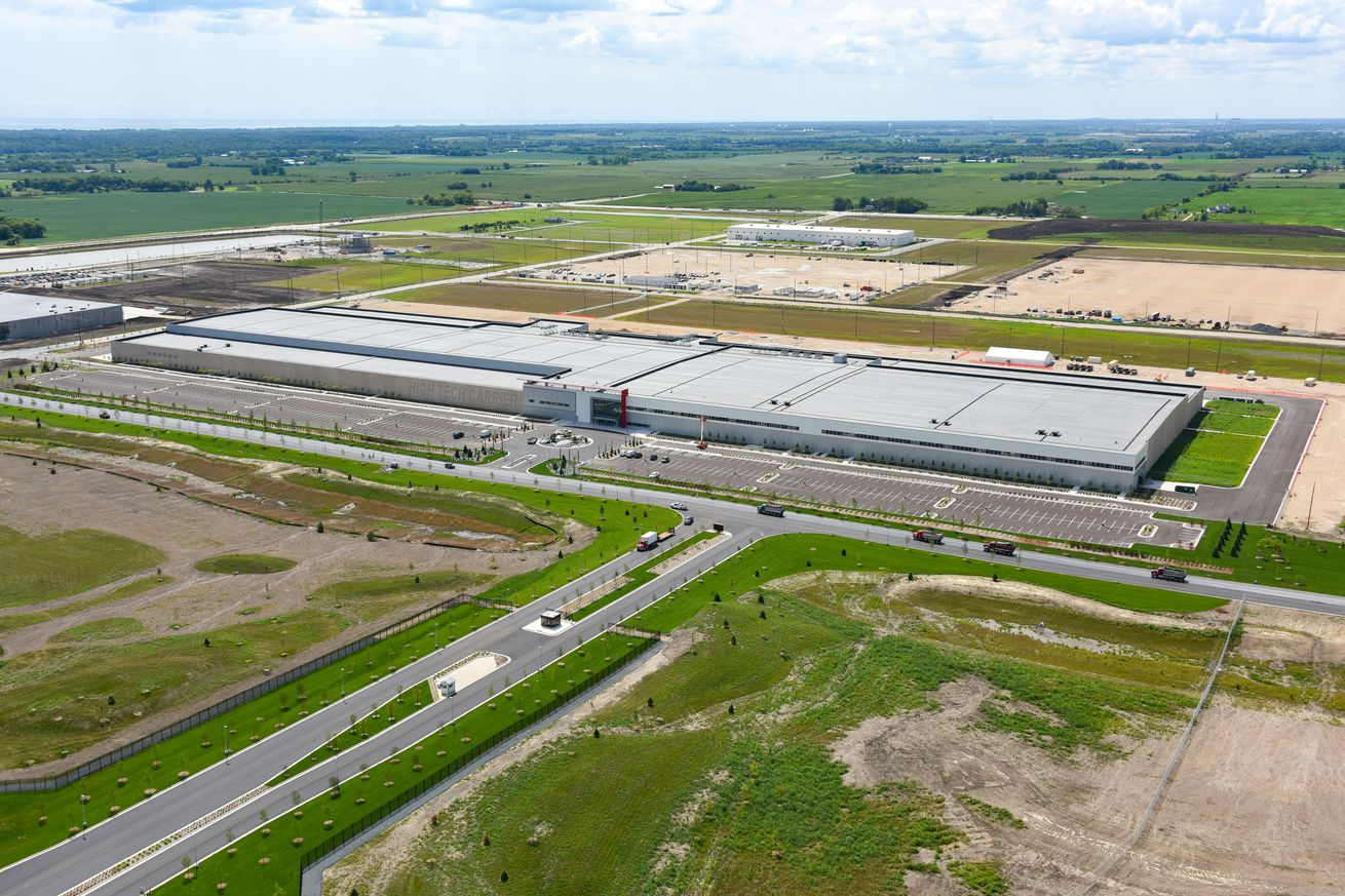 "Foxconn's ""Fab""in Wisconsin. A state report says it no signs that it manufactures LCDs, or ever will"