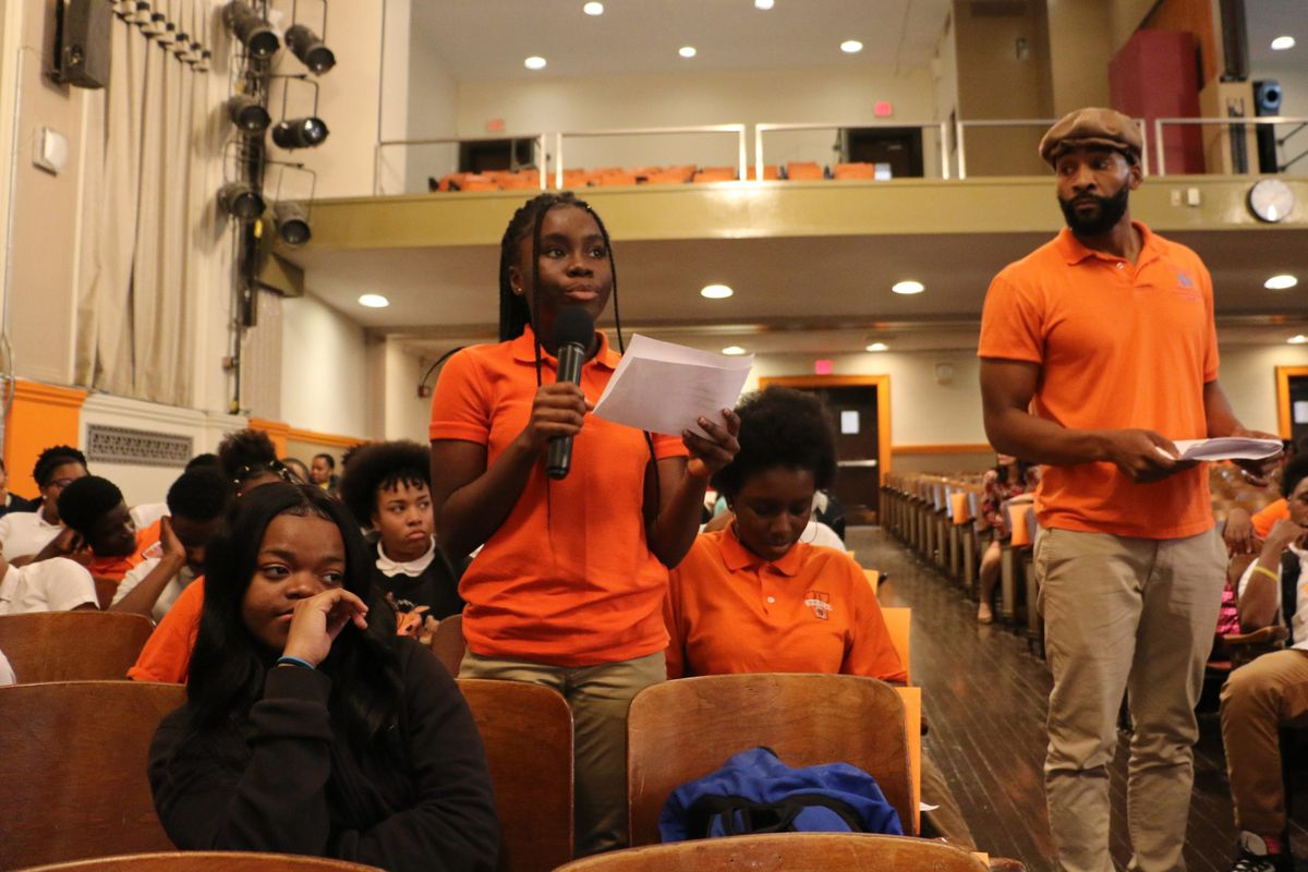 Students from Weequahic and American History High School asked Hannah-Jones about her work.