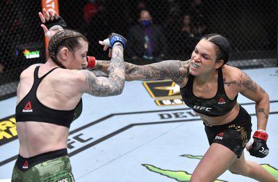 MMA: UFC 259