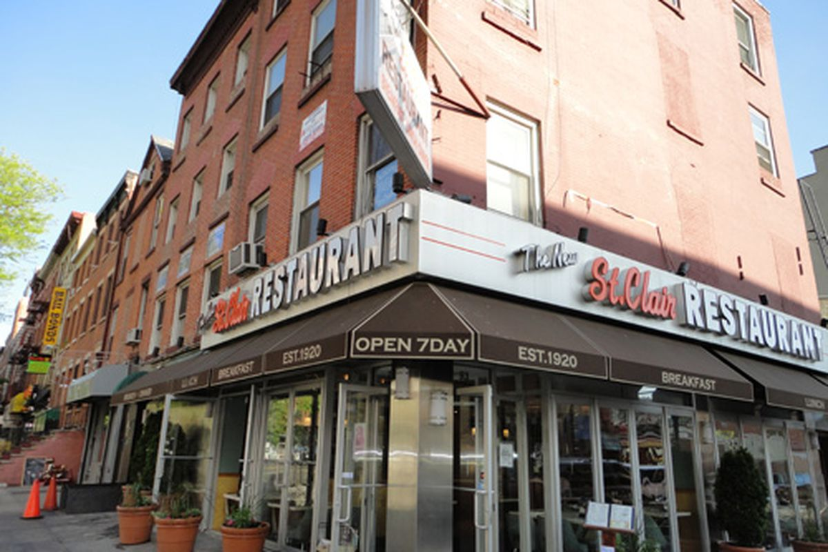 The Future Doesn T Look Bright For New St Clair Diner A Greasy Spoon In Boerum Hill That Opened 1920 And Was Renovated 2007