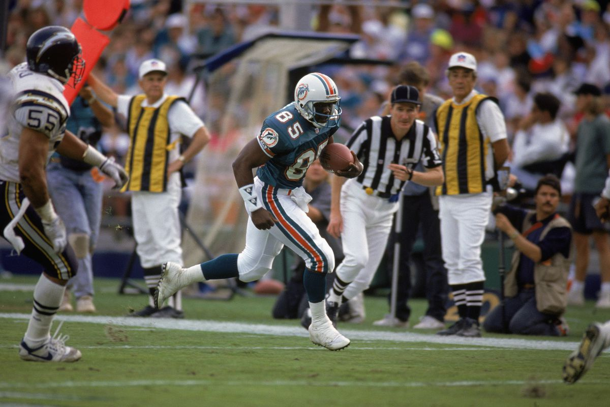 Mark Duper carries