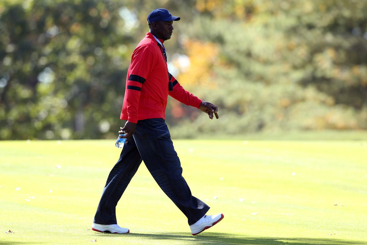 a2154eabd Michael Jordan buys lakefront McMansion on North Carolina golf ...