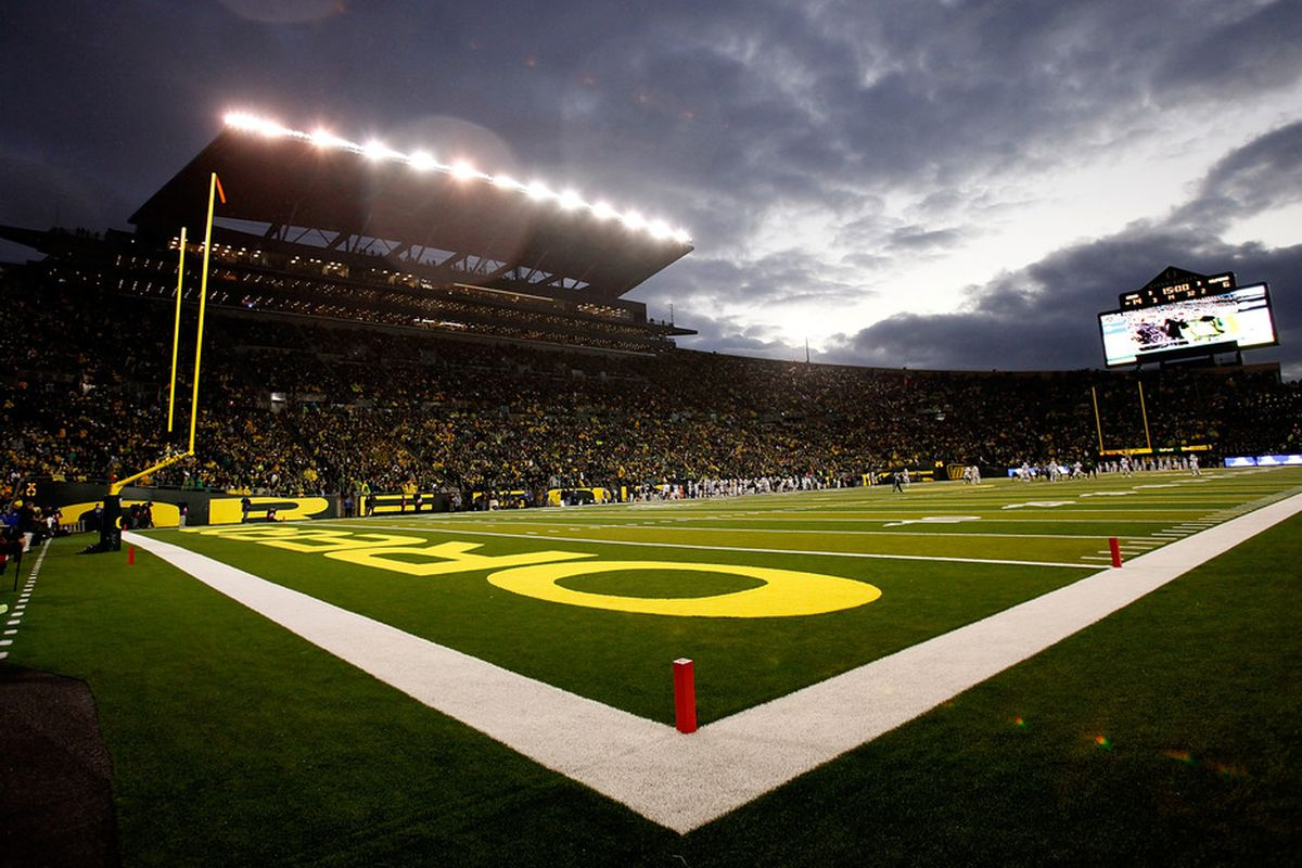 EUGENE, OR - OCTOBER 06:  A general view of the stadium during the game between of Oregon Ducks and the California Golden Bears on October 6, 2011 at the Autzen Stadium in Eugene, Oregon.  (Photo by Jonathan Ferrey/Getty Images)