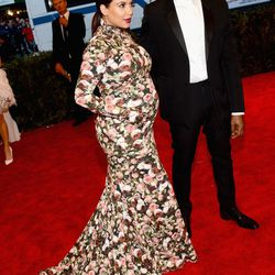 Kimye in Givenchy. Notice the mittens
