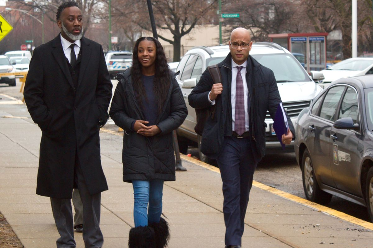 Charges dropped against teen Tased by cops at Chicago high school