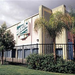 The Extra Space Storage building in Hollywood, Calif., has an art deco exterior and is painted in pastels.