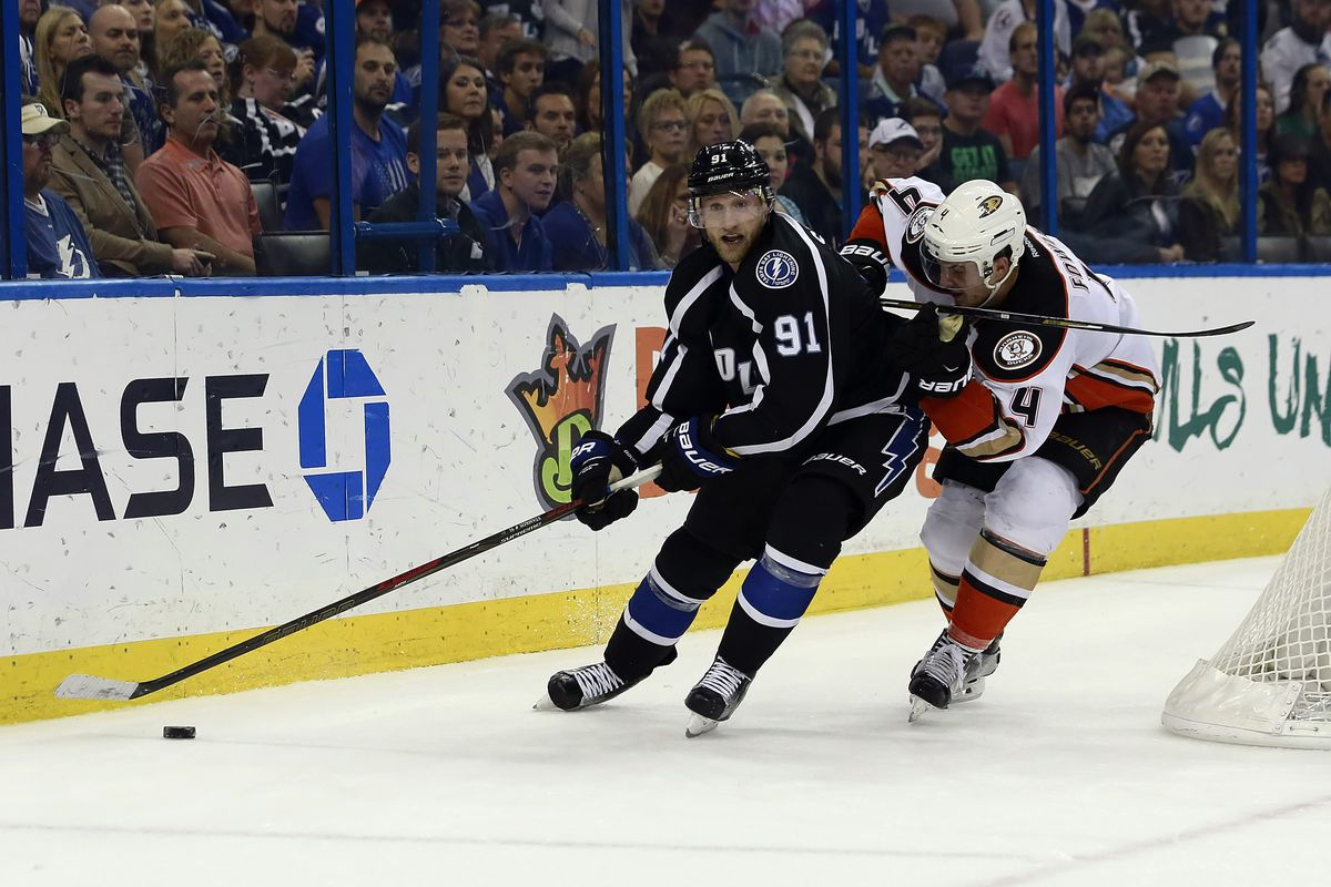 Tampa Bay's Steven Stamkos controls the puck against Anaheim's Cam Fowler during the Lightning's 5-0 win over the Ducks Saturday night in Tampa