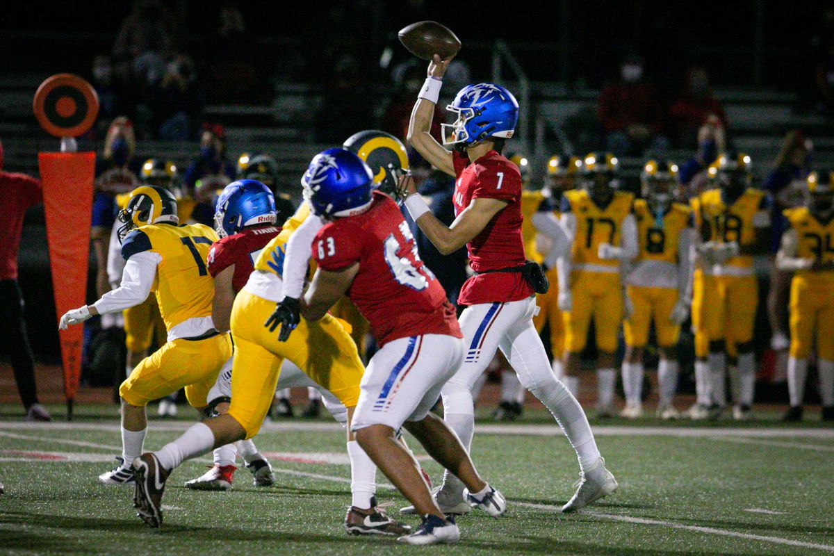 First football game durinng the covid pandemic between Long Beach Millikan High School and Los Alamitos High School.