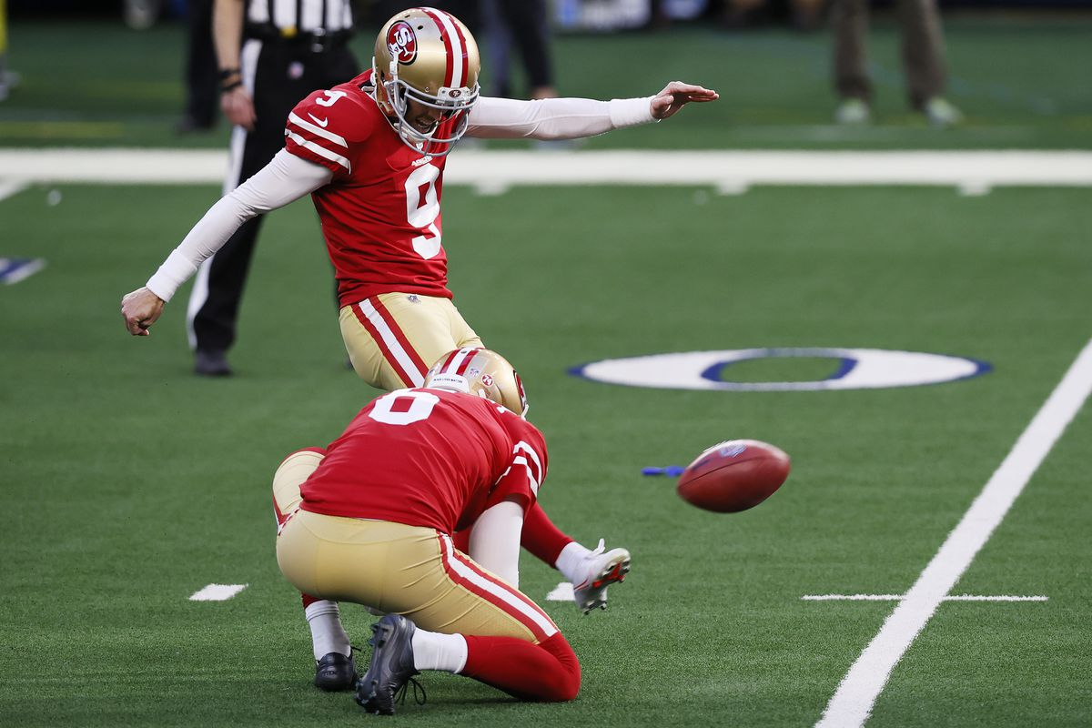 49ers K Robbie Gould signs a two-year extension worth $7.25 ...