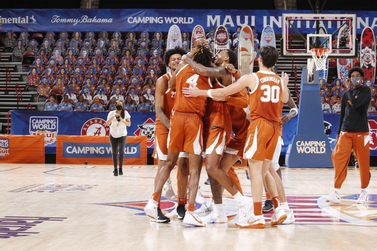 COLLEGE BASKETBALL: DEC 02 Maui Invitational - Texas v North Carolina