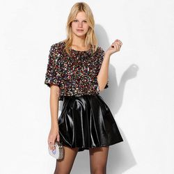 """<span class=""""credit""""><b>Staring at Stars</b> Cropped Sequin Tee at <b>Urban Outfitters</b>, <a href=""""http://www.urbanoutfitters.com/urban/catalog/productdetail.jsp?id=29458189"""">$69</a></span><p>"""