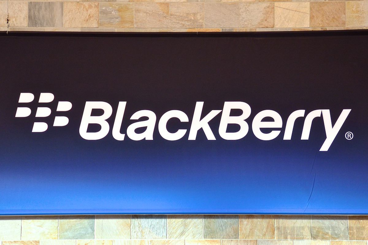 Blackbery logo poster 1024 verge wm