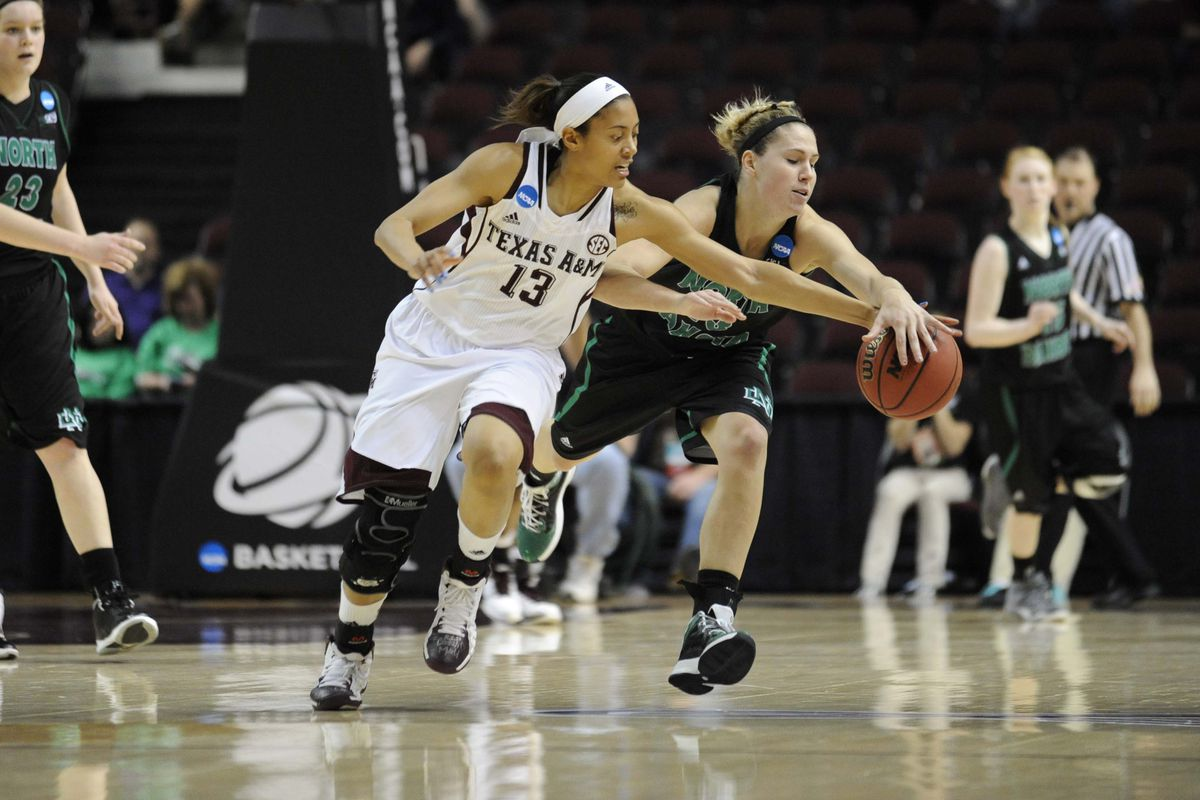 Chelsea Jennings sparked the Ags in the first half.