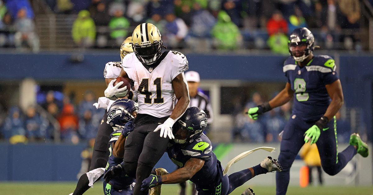 Seattle Seahawks lose 13-10 to New Orleans Saints in unwatchable, putrid display of offense - Field Gulls : Yeah that was bad.  The Seattle Seahawks (2-5) have lost three straight for the first time since 2011 and it was a horrible offensive showing outside of an 84-yard touchdown for DK Metcalf. Geno...  | Tranquility 國際社群