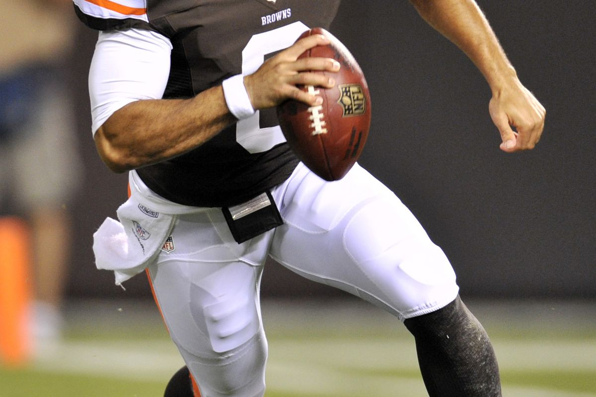 Aug 30, 2012; Cleveland, OH, USA; Cleveland Browns quarterback Seneca Wallace (6) scrambles in the second quarter during a preseason game against the Chicago Bears at Cleveland Browns Stadium. Mandatory Credit: David Richard-US PRESSWIRE