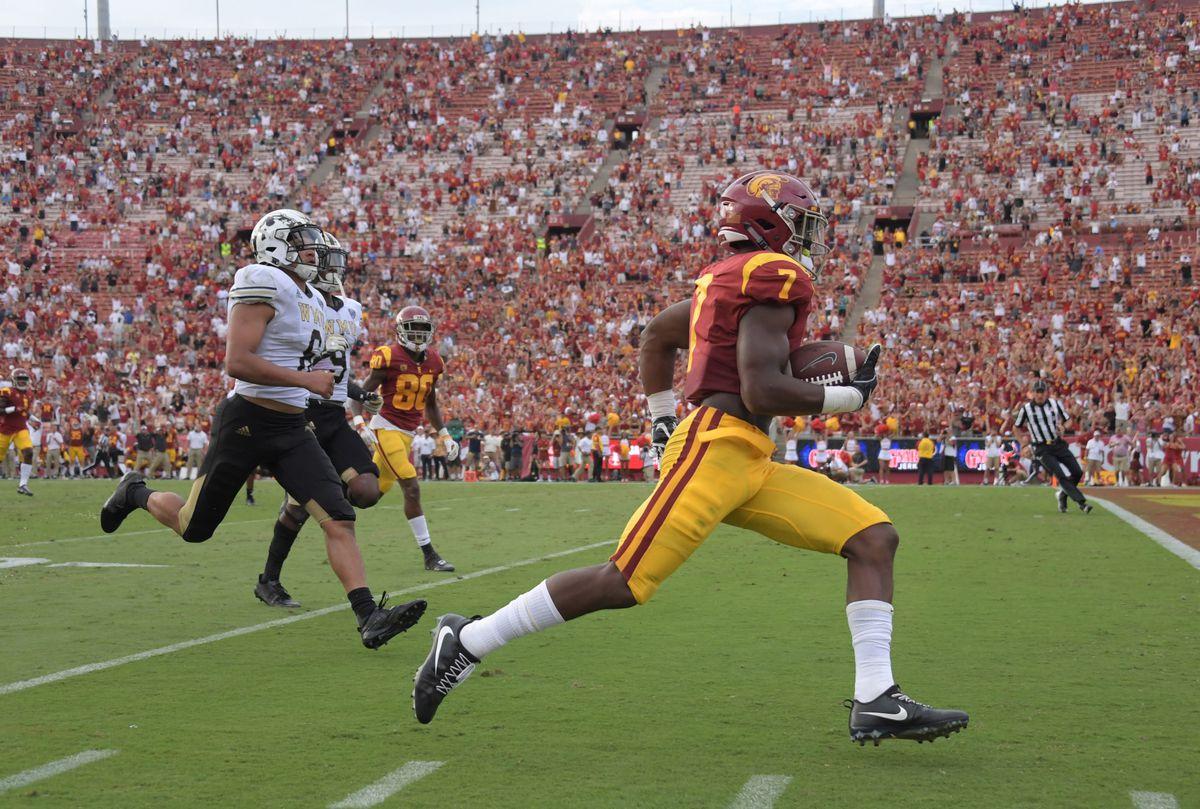 NCAA Football: Western Michigan at Southern California