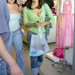 <i>Desperate Housewives</i> star Eva Longoria shops at Kitson.