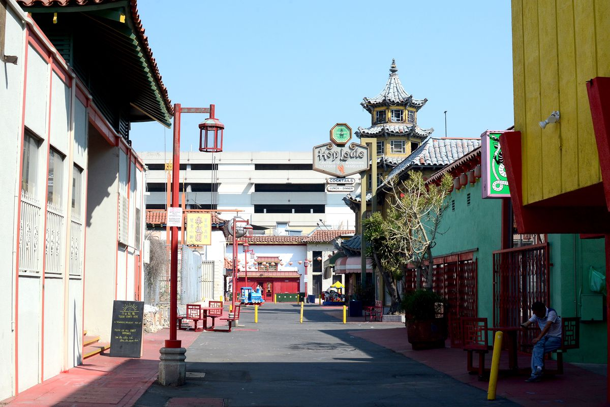 A back alley in Chinatown Los Angeles.