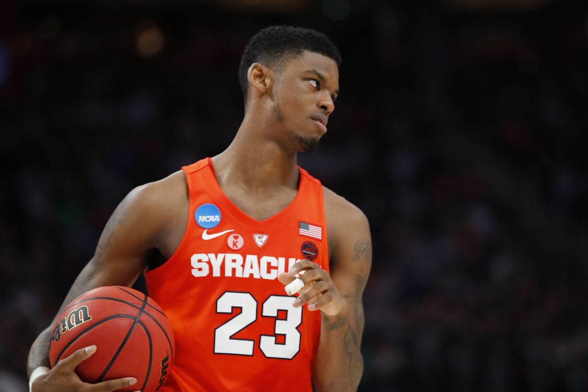 Syracuse Orange Pg Frank Howard Suffers Lower Left Leg Injury Troy