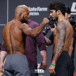 Wilson Reis and Alexandre Pantoja at UFC 236 weigh-ins.
