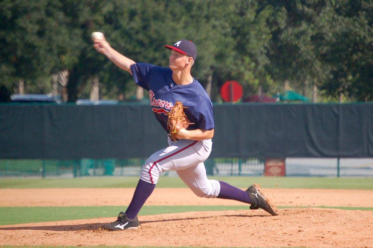 Mike Soroka Delivers a pitch