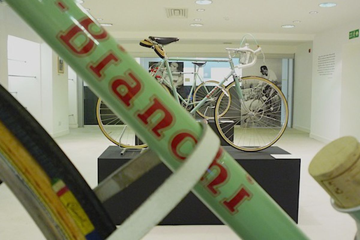 "Rapha Cycle Club London via <a href=""http://www.rapha.cc/london"">Rapha</a>"