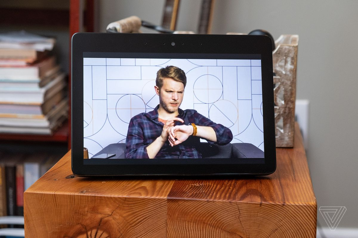 New Echo Show 2018 review: bigger screen and better sound