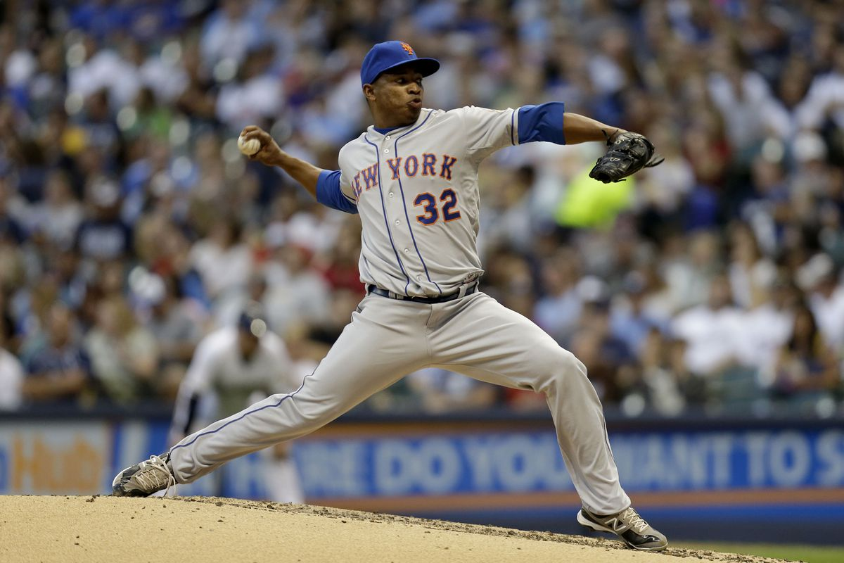 MILWAUKEE, WI - SEPTEMBER 15: Jenrry Mejia of the New York Mets pitches against the Milwaukee Brewers during the game at Miller Park on September 15, 2012 in Milwaukee, Wisconsin. (Photo by Mike McGinnis/Getty Images)