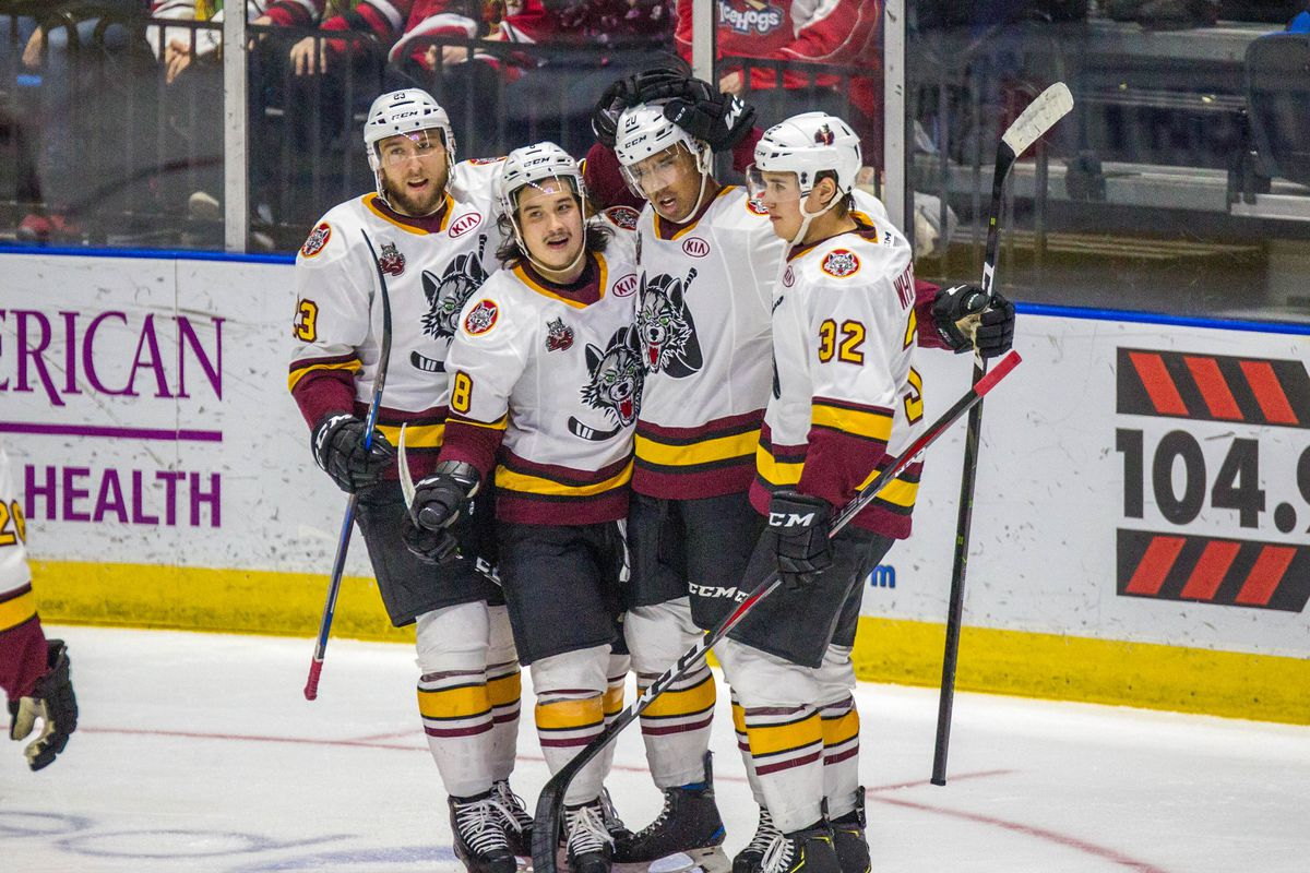 Wolves figure to contend in wide-open AHL