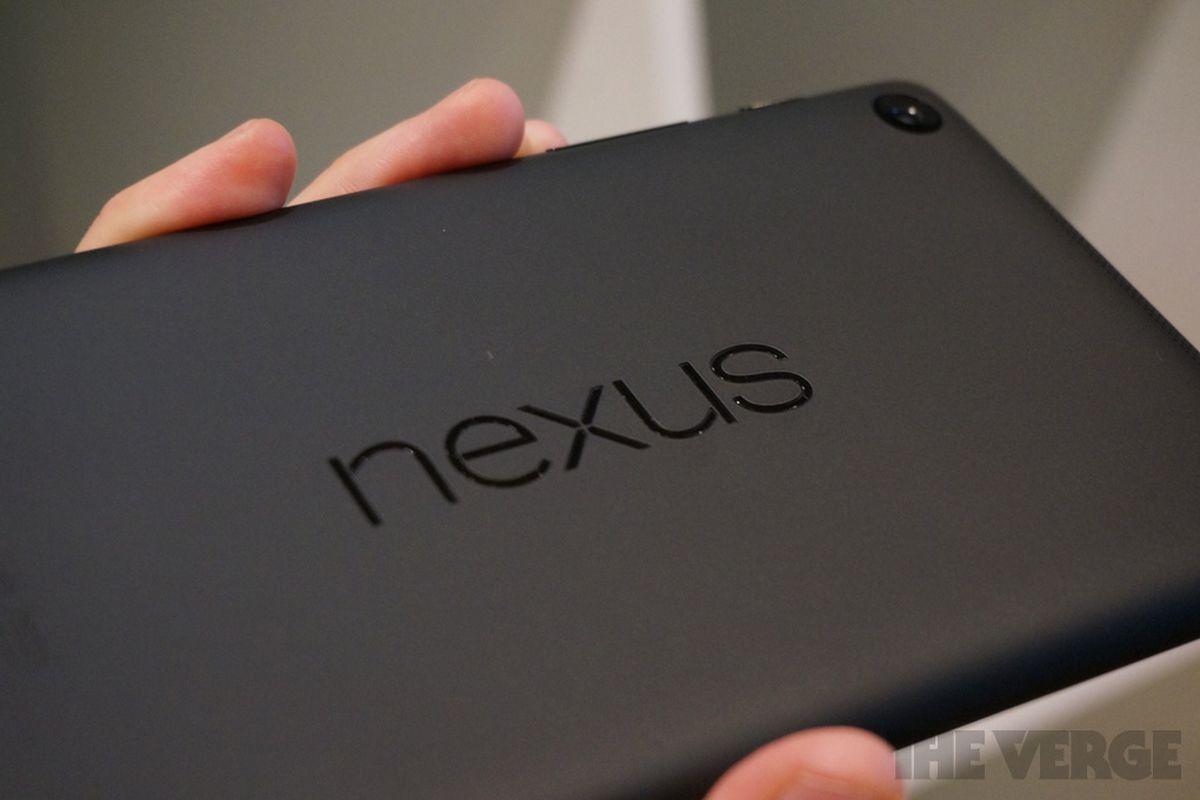 Nexus 7 hands-on photos