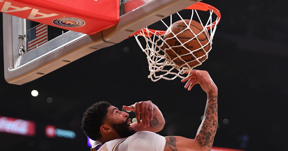 https://www.silverscreenandroll.com/2020/1/1/21046224/lakers-vs-suns-final-score-recap-blowout-lebron-james-anthony-davis-kyle-kuzma-avery-bradley