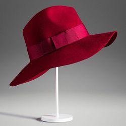 """<b>Massimo Dutti</b> Burgundy Hat, <a href=""""http://www.massimodutti.com/webapp/wcs/stores/servlet/product/duttius/en/30109527/727027/2645344/BURGUNDY%2BHAT"""">$69.50</a>"""