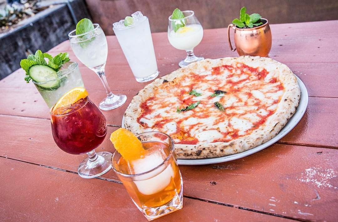 Pizza and drinks at Cane Rosso