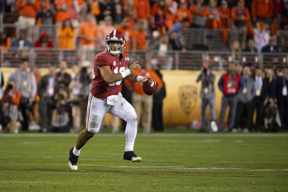 2019 Maxwell Award Watch List Tua Tagovailoa Among 16 Sec
