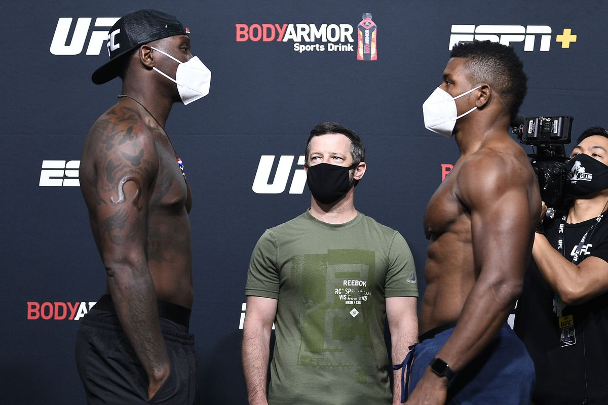 UFC Fight Night Munhoz v Edgar: Weigh-Ins