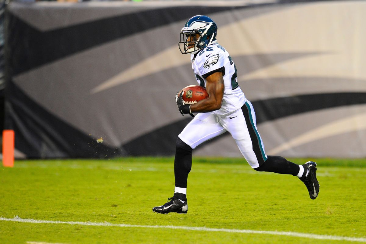August 9, 2012; Philadelphia, PA, USA; Philadelphia Eagles cornerback Brandon Boykin (22) returns a kick off against the Pittsburgh Steelers during the first quarter at Lincoln Financial Field. Mandatory Credit: Dale Zanine-US PRESSWIRE