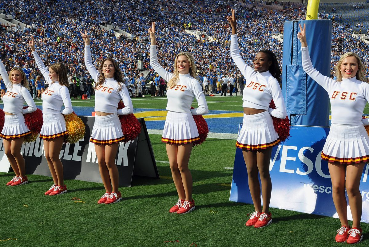 """<p zoompage-fontsize=""""15"""" style="""""""">COLLEGE FOOTBALL: NOV 17 USC at UCLA"""