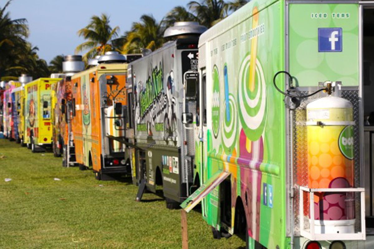 Where To Eat On The Street Miamis 13 Essential Food Trucks Eater