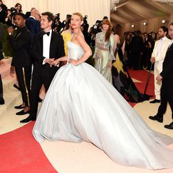 Claire Danes wearing a light-up Zac Posen gown.