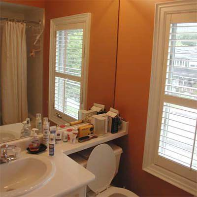 Before Home Staging: Bathroom