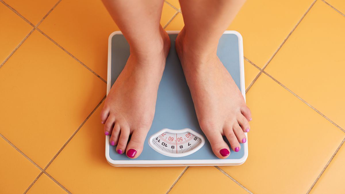 Surprisingly Simple Tips From 20 Experts About How To Lose Weight
