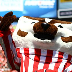 Bucky Badger celebrates the Wisconsin victory