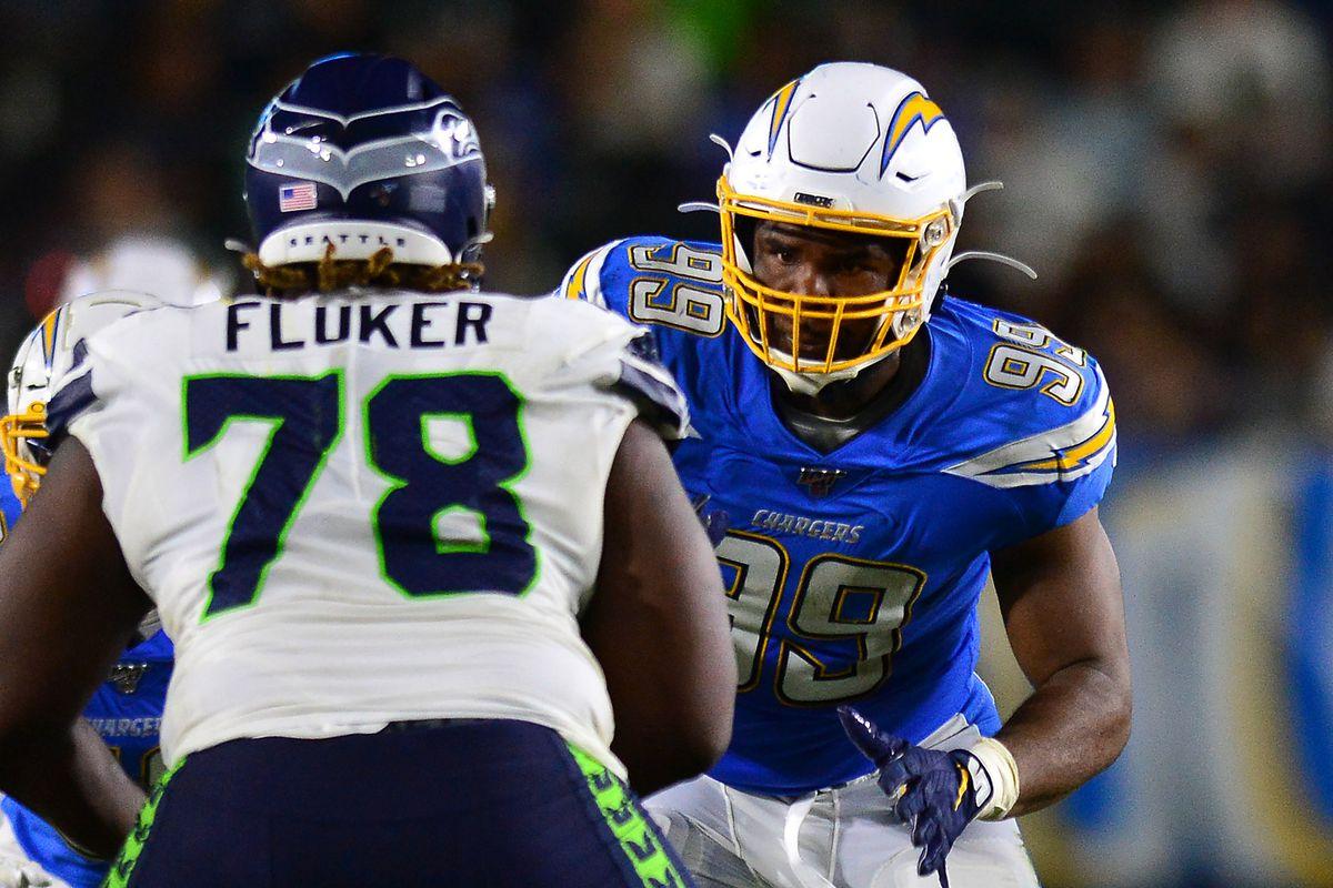 Seahawks D.J. Fluker to return, Duane Brown status unknown for Week 8