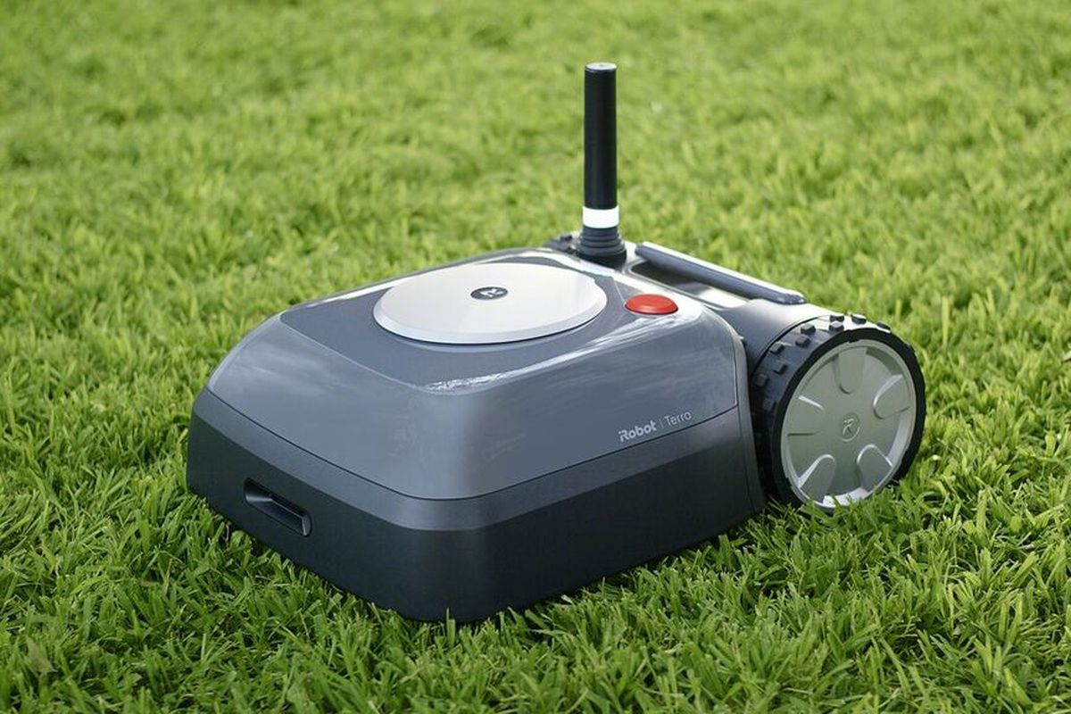 Roomba's creator made an autonomous lawnmower robot - The Verge