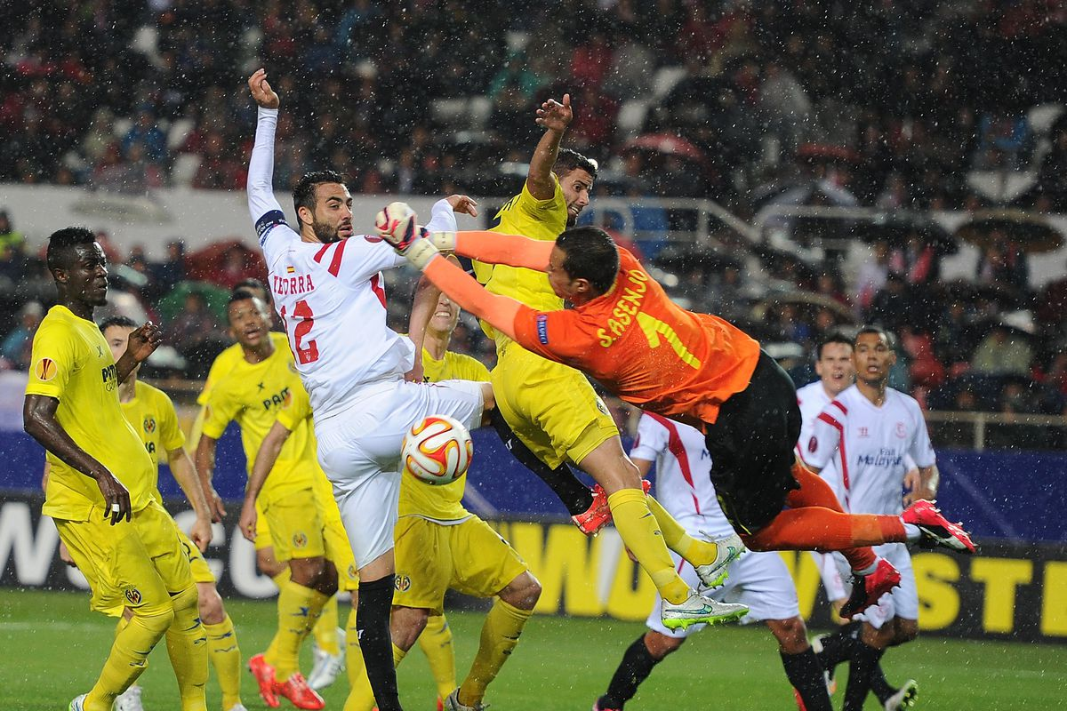 FC Sevilla v Villarreal CF - UEFA Europa League Round of 16