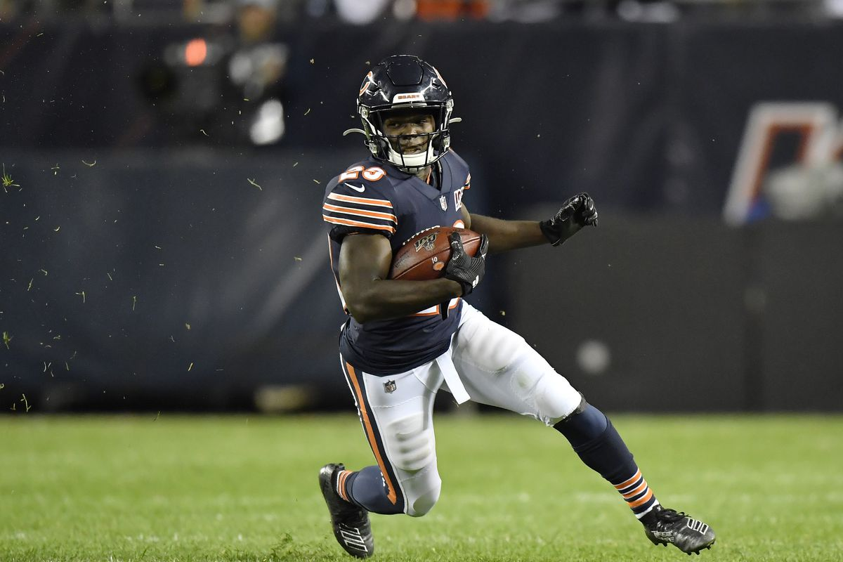 Chicago Bears running back Tarik Cohen runs with the football in the fourth quarter against the Green Bay Packers at Soldier Field.