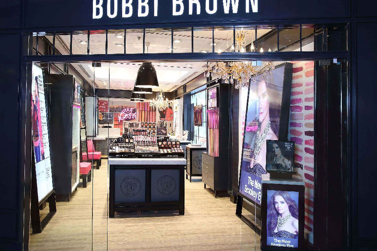 """Bobbi Brown's Delhi boutique. Photo: <a href=""""http://www.vanitynoapologies.com/2013/07/bobbi-brown-cosmetics-opens-in-delhi-and-a-note-from-the-lady.html"""" target=""""_blank"""">via</a>"""
