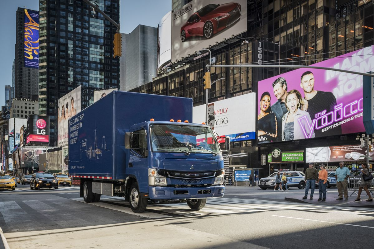 Mitsubishi Fuso Starts Production of All-Electric eCanter Truck