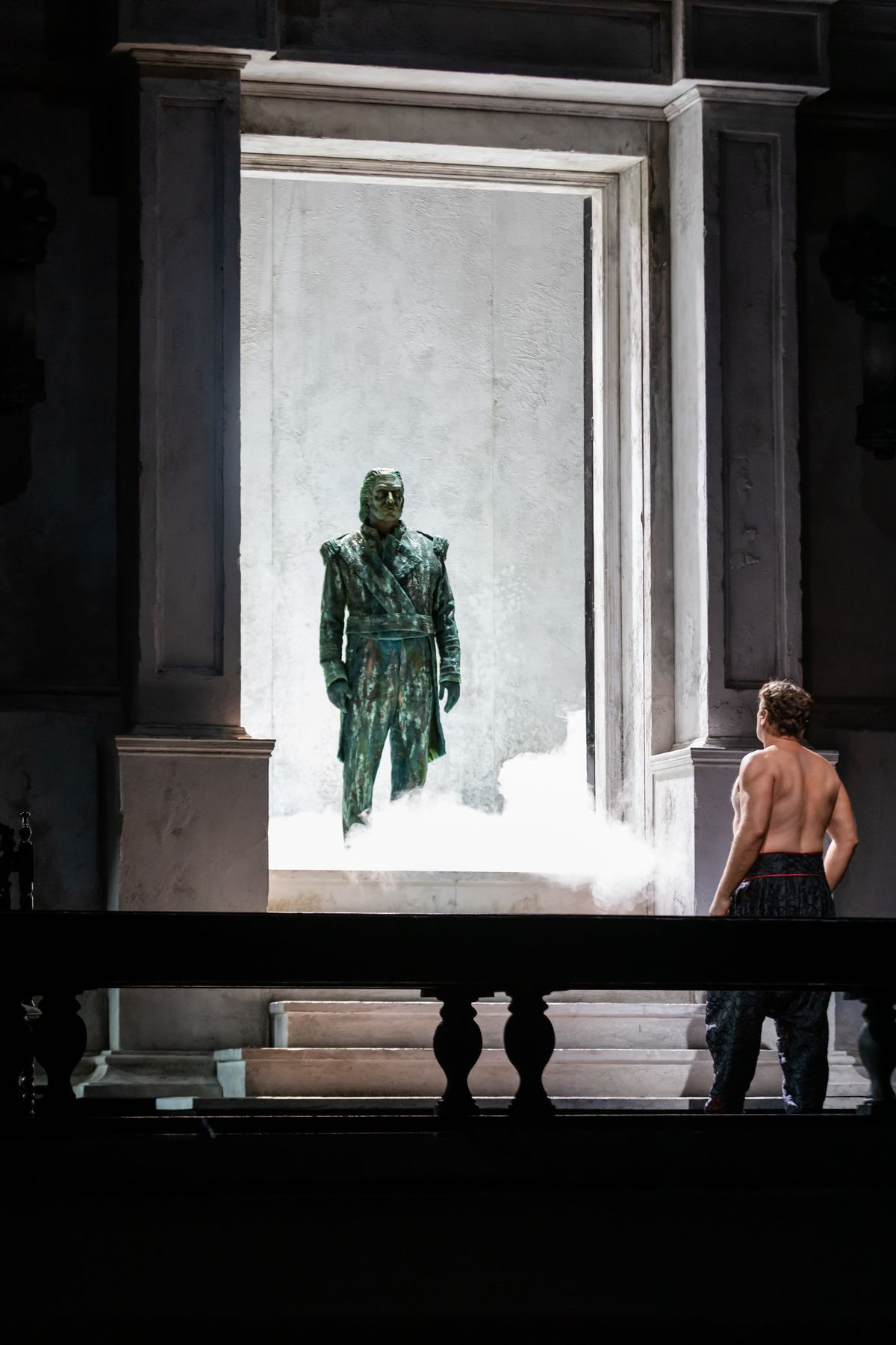 """Mika Kares (left, as the Commendatore) and Lucas Meachem as Giovanni in a scene from the Robert Falls production of """"Don Giovanni"""" at Lyric Opera of Chicago."""